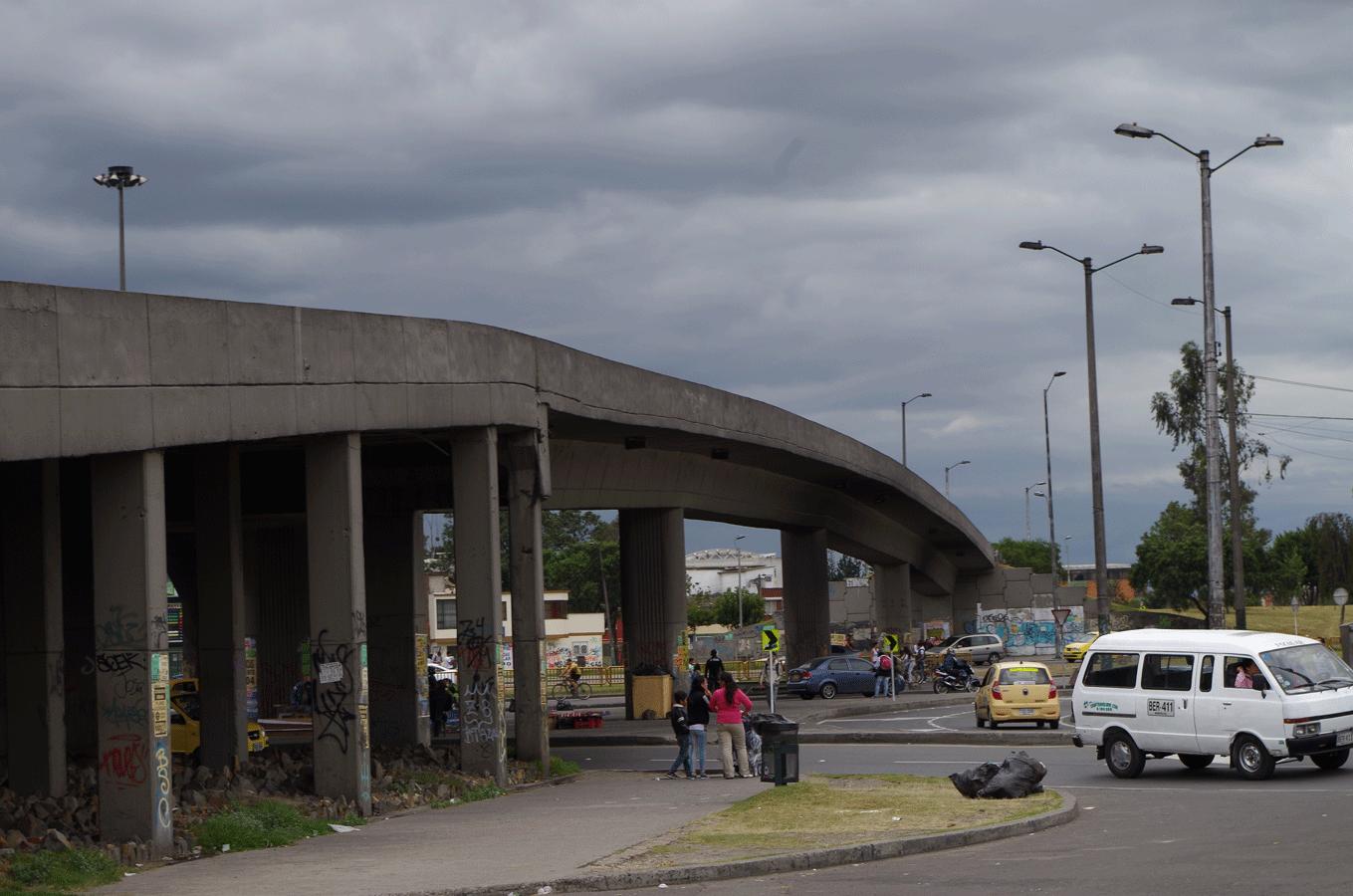 Puente-Av-1-de-Mayo-1