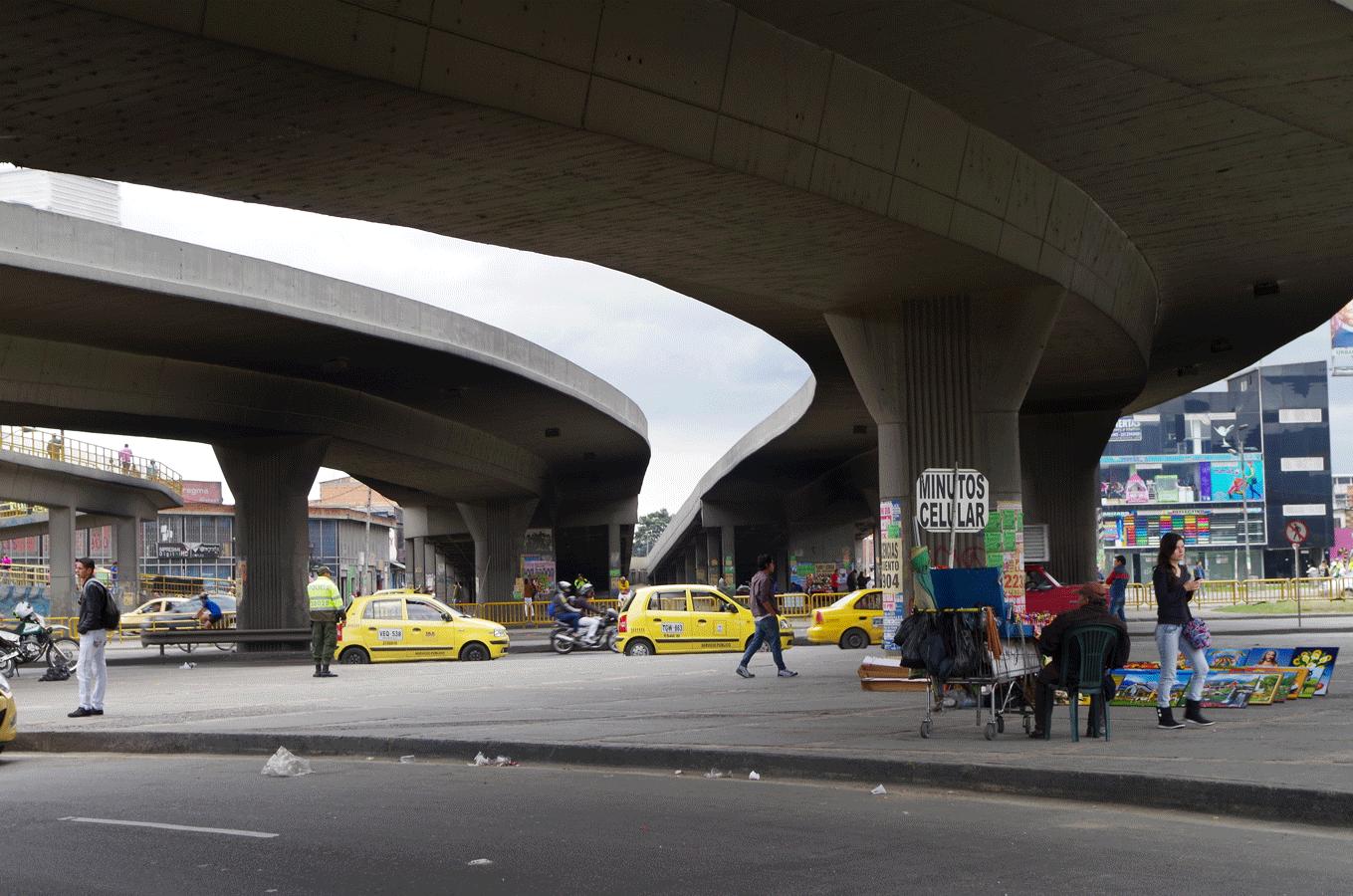Puente-Av-1-de-Mayo-4